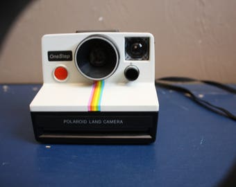 Vintage 1970s / 1980s Polaroid Land Camera One Step Rainbow Instant Print Film Photo Photography UNTESTED