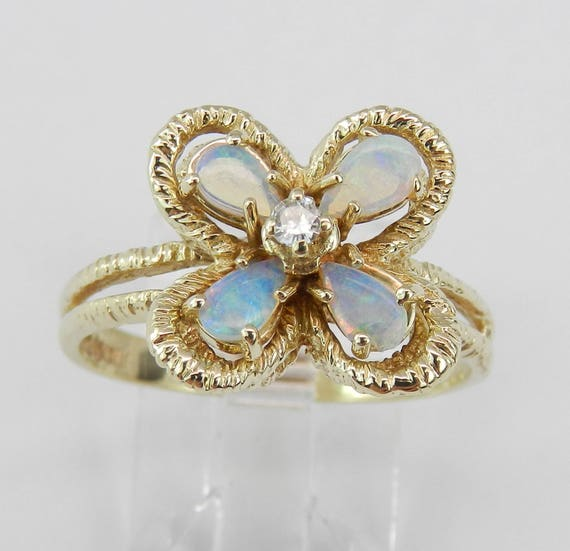 Estate Vintage Opal and Diamond Flower Clover Ring 14K Yellow Gold Size 8.75