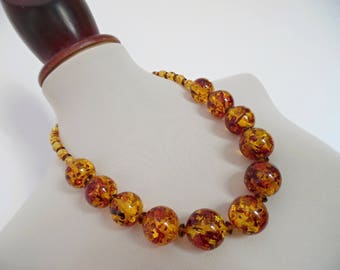 SALE :)) AMBER COFETTI . Chunky 50s Rockabilly Flapper Mod Round Sphere Ball Bubble Bobble Beads Vintage Necklace Pinup Honey
