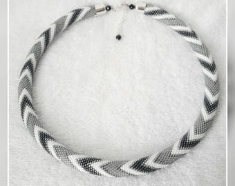 Gray and white zigzags seed bead necklace elegant accessory handmade geometric zigzag pattern