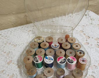 Vintage Plastic Thread Box - Traum 28 Spooler - Vintage Thread Caddy