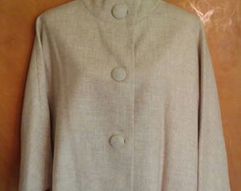 Vintage early 1960s light wool coat with large matching covered buttons and stand up Nehru collar