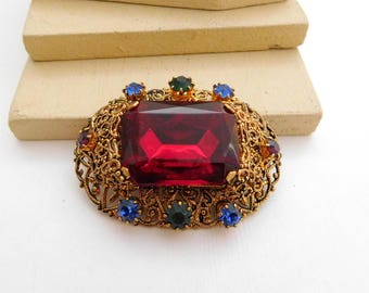 Vintage Multi-Color Czech Glass Rhinestone Gold Filigree Jeweled Brooch Pin H49