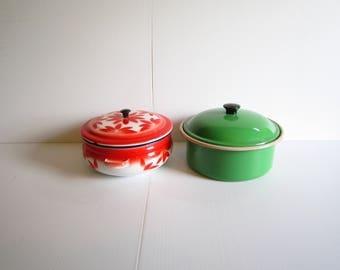 Vintage Enamelware Graniteware Casserole Red or Green