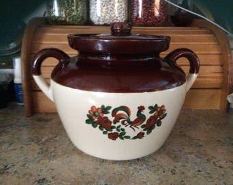 McCoy Bean pot, Vintage, Rooster
