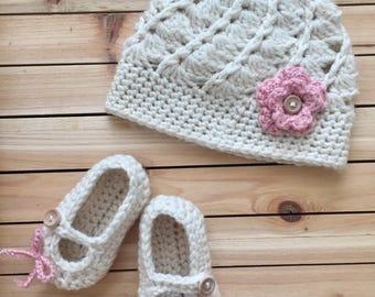 Crochet Baby Hat and Booties set, Crochet Baby Girl set, Newborn Set, Crochet Baby Girl, Crochet baby shoes