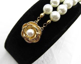 Vintage Double Strand Pearl Bracelet with Decorative Clasp,  Vintage Bracelet Wedding Pearl Jewelry, June Birthstone Jewelry, June Birthday