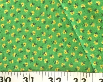 Loose Weave Cotton Fabric / Green Calico Fabric / Green and Yellow Calico Fabric / Cotton Calico Fabric / Vintage Floral Cotton Fabric