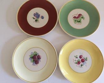 Vintage Set of Four Old Ivory Syracuse China Plates