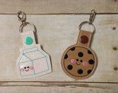 BFF Cookie and Milk Keychains - Best Friends Keychain Set - Friendship Keychain - BFF Gift - Milk and Cookie Zipper Pull