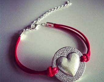 Red cord with heart bracelet