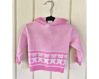Pink Vintage 1980s 'Dr Denton's' Bear Baby Hooded Sweater. Size 9M