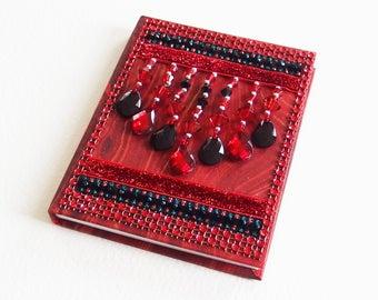 Carnet Ethnique - Relié, pages blanches - Strass, Rubans, Perles, Pampilles - Confection fait main - Création d'artiste en pièce unique