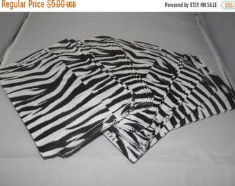 On Sale Zebra Print 100 Pack 5x7 Inch Paper Merchandise Gift Bags Size 5x7 Favor Bags