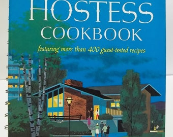 Vintage Betty Crocker's Hostess Cookbook 1967 1st Edition 2nd Printing