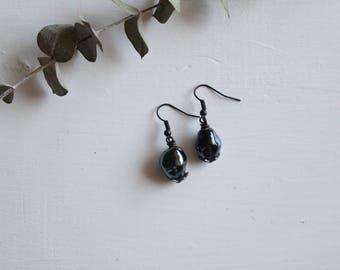 handmade dangle and drop beaded earrings, summer earrings, gray beaded earrings, handmade earrings