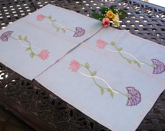 Placemats, French Country Blue Linen, Embroidered placemats, hand embroidered, hand made, set of 4, kitchen linens, linen placemats