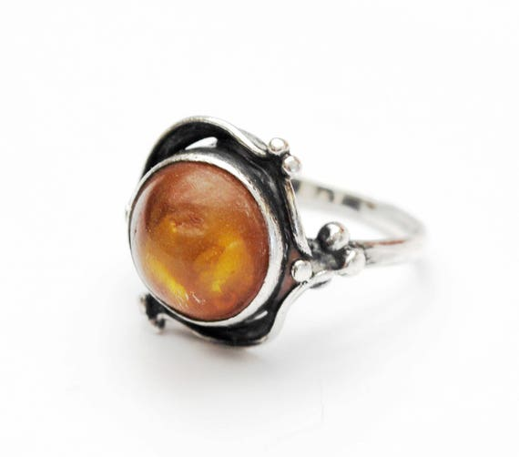 Sterling Amber Ring -   Silver swirl - Yellow orange gemstone - size 6 vintage ring