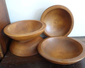 Vintage Wood bowls, turned wooden bowls, Country Primitive home decor, treen, antique kitchenwares, rustic tabletop