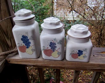 chatham pottery chatham potters 3 piece canister set with lids country harvest