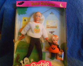 1996 Mattel Happy Halloween Barbie and Kelly-New In Box
