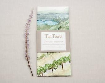 California vineyard landscape tea towel, decorative tea towel, natural tea towel, vineyard kitchen decor, kitchen dish towel, linen towel