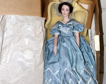 "50th Anniversary 1989 Gone with the Wind Doll - Olivia DeHavilland as ""Melanie"" - Original Box - No COA - Excellent Condition"