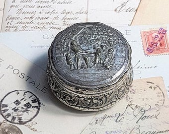 SALE Antique Snuff Box Tobacco Box,Silver Plated French Jewelry Box ,Victorian Embossed Round Trinket Box, Silver Plated Pill Box .