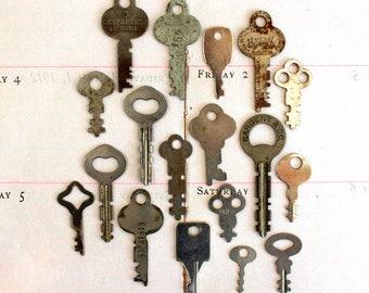 Vintage Key Collection*Flat Skeleton Keys*Lot of 18  Old Flat Keys*Paper Crafting, Jewelry, Assemblage