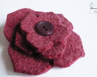 Hydrangea in purple felt flower hair clip / bordeaux