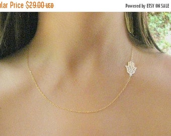 SALE - Gold Hamsa necklace - Hamsa necklace - Gold necklace - Evil eye necklace, Dainty Hamsa necklace - Filigree necklace - Gift for her