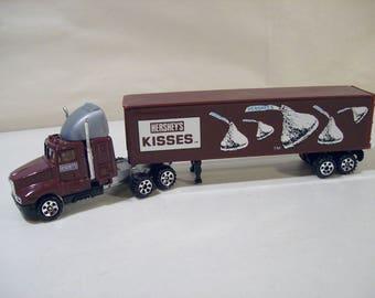Vintage Road Champs Hershey's Kisses Die cast Kenworth Semi Truck, 1987