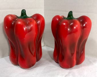 Vintage Red Pepper Salt and Pepper Shakers - Kitchen, South Western, Food decor