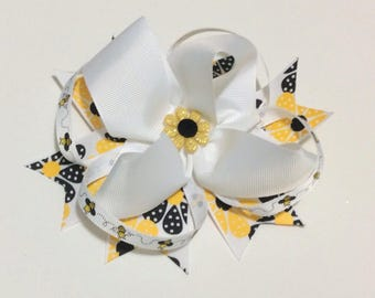 Yellow and White Sunflower and Bee Hair bow
