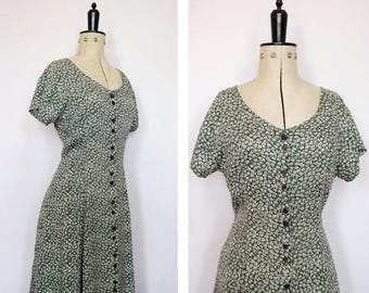 Vintage 1990s grunge floral dress - 90s floral dress - 90s rayon dress - 90s Babydoll dress - 90s button down dress - 1990s grunge dress
