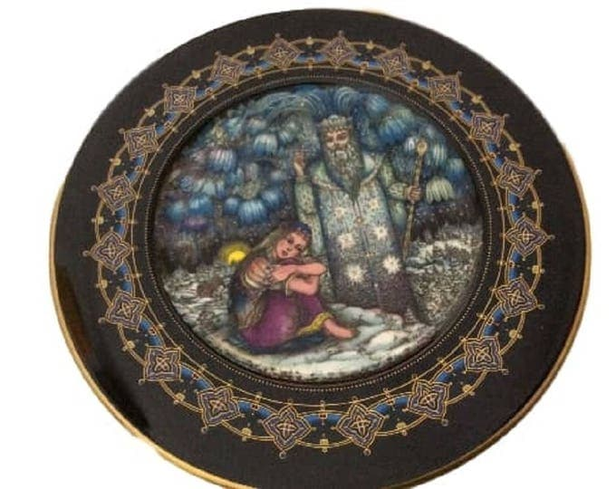 Heinrich Villeroy and Boch, Magical Fairy Tales, Wall Decor Plate, Old Russia, Morozko, Bone China Plate, Gero Trauth, Mother Russia