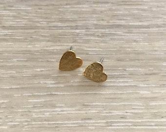 Gold Textured Heart Post Earrings, Gold Earring, Dainty Earring, Gold Heart Earring