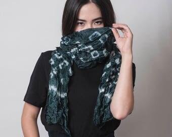 Shibori scarf, Black silk scarf, Japanese style scarf, Black White silk scarf, Shibori accessories, gift scarf, new collection Fall 17