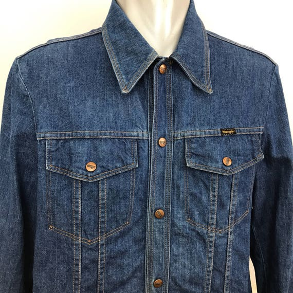 Vintage menswear vintage denim shirt wrangler longline jacket 1970s dagger collar long sleeve blue mans top Mod 1970s mens 70s large 44