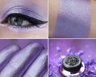 Eyeshadow: Lady-Melancholy - MoonElf. Light-violet satin eyeshadow by SIGIL inspired.