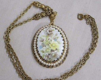 ON SALE Vintage Pendant Necklace Made in West Germany HP Flowers on Large Cabachon
