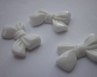 2 resin bows to paste color blanc15x24mm-