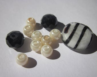 15 round glass beads with rondelle rhinestones (BA4)