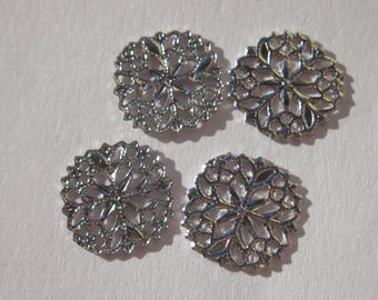 4 round 12 mm silver plated filigree stampings (1984)