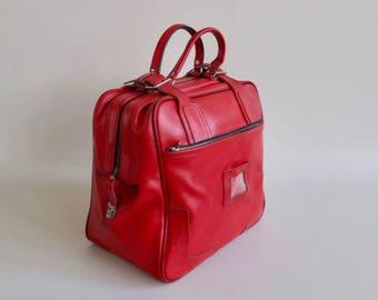 Vintage Overnight Bag /  Retro Weekender Handbag / 60s - 70s Europe / Red Faux Leather / Retro Luggage