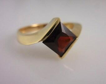 Summer Sale Garnet  and Gold Ring 14 Karat Yellow Gold