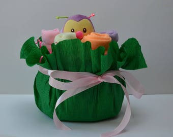 """Bouquet Surprise"" diaper cake"