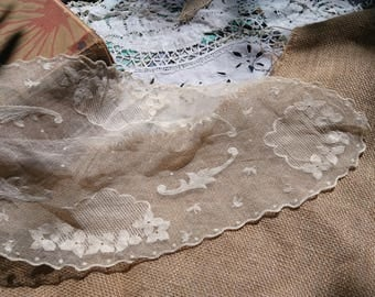 Victorian Tulle Needle Lace Hand Embroidered French Off White Cotton Tulle #sophieladydeparis