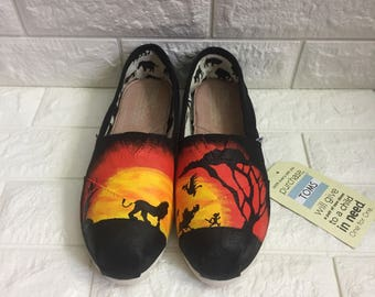 Lion King Toms. Lion King Shoes. Hakuna Matata Toms. Simba Toms. Can be made into Lion King Vans or Lion King Converse.