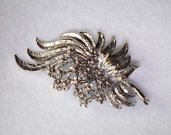 "Vintage Silver Tone Floral Brooch     2 3/4"" W x 1 1/2"" H"